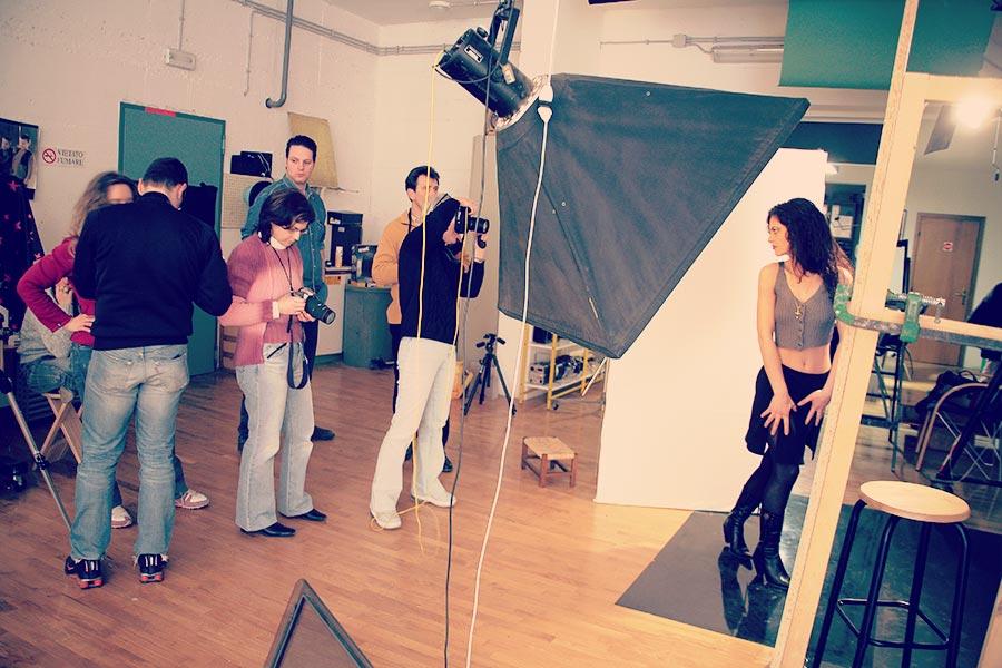 corso di fotografia sessione in studio con modella